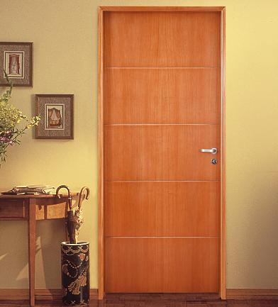 Puertas placas, macizas, plegadizas y rebatibles